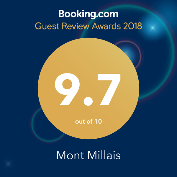 Booking.com 2018 Award badge